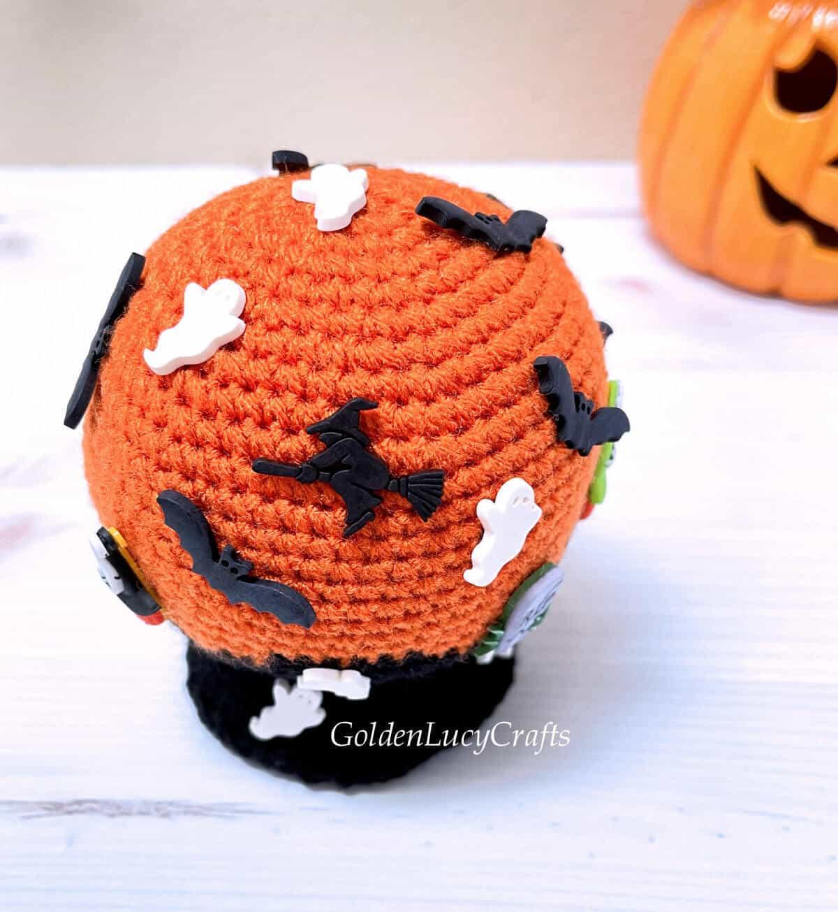 Crocheted Halloween snow globe, top view.